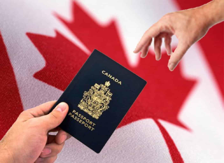 Stage au Canada: les démarches administratives avant de partir